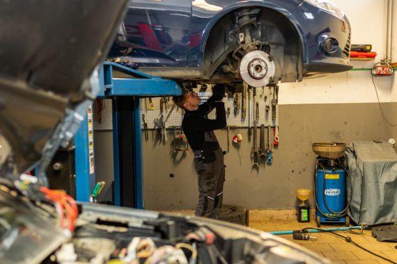 auto centar istvan koprivnica, automehanika, automehanicar, servis automobila